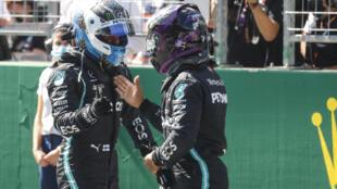 فاجأ الفنلندي فالتيري بوتاس زميله لويس هاميلتون وحسم التجارب الرسمية من الجولة الافتتاحية لبطولة العالم للفورمولا واحد في النمسا