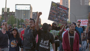 Des manifestants à Cleveland (Ohio), samedi 23 mai.
