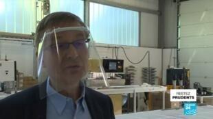 2020-06-04 08:10 Covid-19 en France : Un tissu capable de détruire le virus sur les surface
