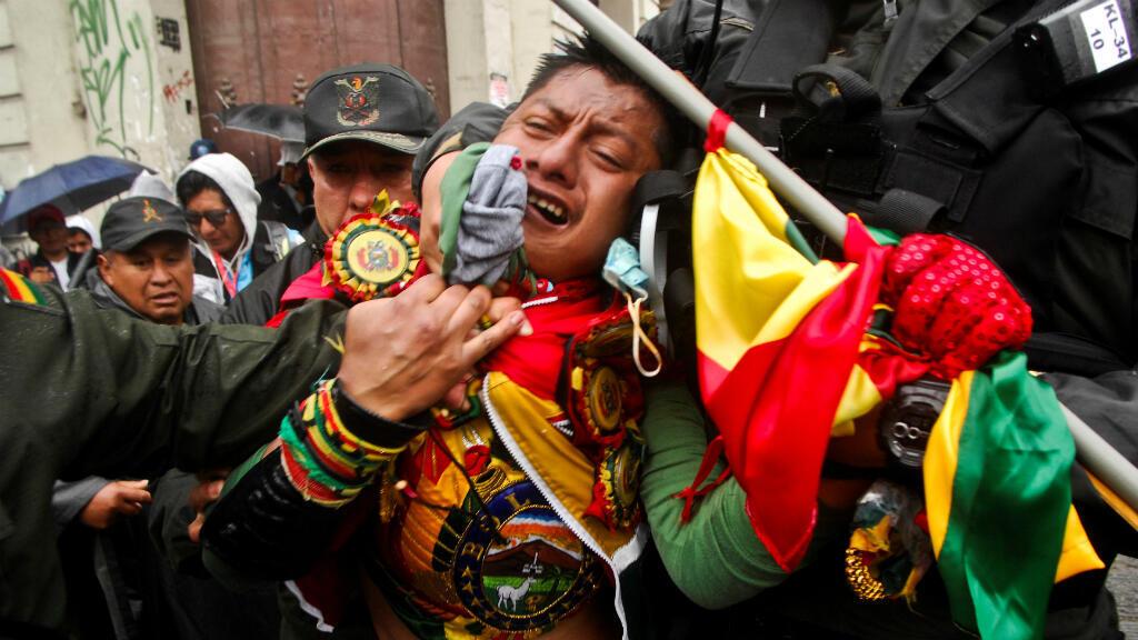 Los participantes de la edición 2018 llegaron a La Paz, capital de Bolivia, en medio de protestas anti-Dakar y de tensiones sociales en el país debido a reformas controvertidas empujadas por el gobierno de Evo Morales.