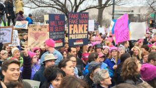Des participants à la Marche des femmes à Washington samedi 21 janvier.