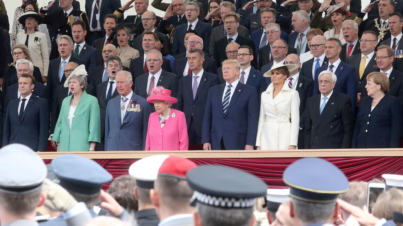 La Reina Isabel II asistió junto a varios líderes mundiales a uno de los eventos del 75 aniversario del Día-D en Portsmouth, Gran Bretaña, el 5 de junio de 2019.