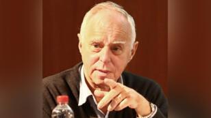 El economista Daniel Heymann sostiene que Argentina necesita políticas coordinadas para salir de la espiral inflacionaria.