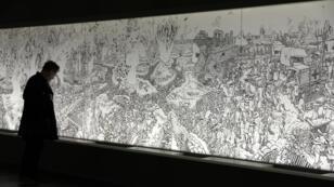 La fresque du dessinateur Joe Sacco sur la bataille de la Somme est particulièrement mise en avant dans le nouveau musée de Thiepval.
