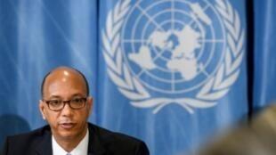 السفير الأمريكي لدى الأمم المتحدة في جنيف روبرت وود خلال مؤتمر صحفي في 19 نيسان/أبريل.