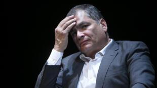 El expresidente de Ecuador, Rafael Correa fue condenado a ocho años de prisión por cohecho y a 25 de inhabilitación política. Imagen de archivo del 22 de octubre de 2018 en Bruselas.