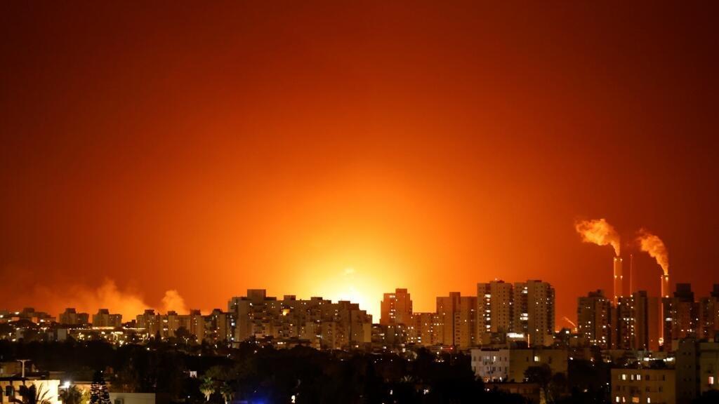 إطلاق ثلاثة صواريخ من جنوب لبنان في اتجاه إسرائيل