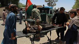 L'explosion d'une voiture piégée dans le sud de l'Afghanistan a fait au moins 20 morts et 50 blessés jeudi 22 juin.