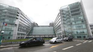 Vue générale de l'hôpital européen Georges-Pompidou à Paris, où est soigné et entendu l'auteur suspecté de l'attaque du Louvre.