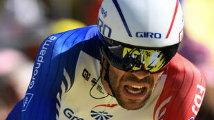 """Thibaut Pinot, ici lors du contre-la-montre individuel à Pau, le 19 juillet 2019, """"est incontestablement armé pour la victoire finale"""", selon Jean-René Godart."""