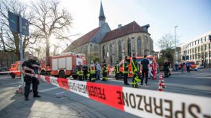 Les secours se déploient dans le centre-ville de Münster, le 7 avril 2018.