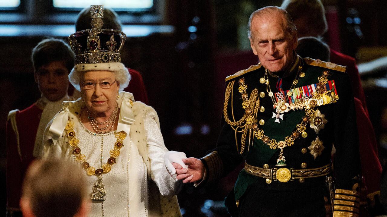 خطاب مؤثر للملكة إليزابيث عن الأمير فيليب لوداعه.. وكنِّتِها صوفي تصفها بالمذهلة