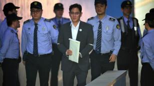 Lee Jae-Yong, vice-président de Samsung Electronics et fils du président du groupe, à son arrivée au tribunal à Séoul, le 11 mai 2017.
