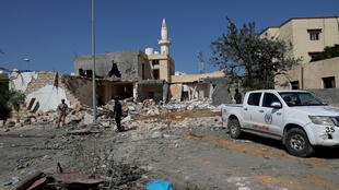 Un quartier résidentiel détruit par un bombardement, le 14 octobre 2019, à Tripoli.
