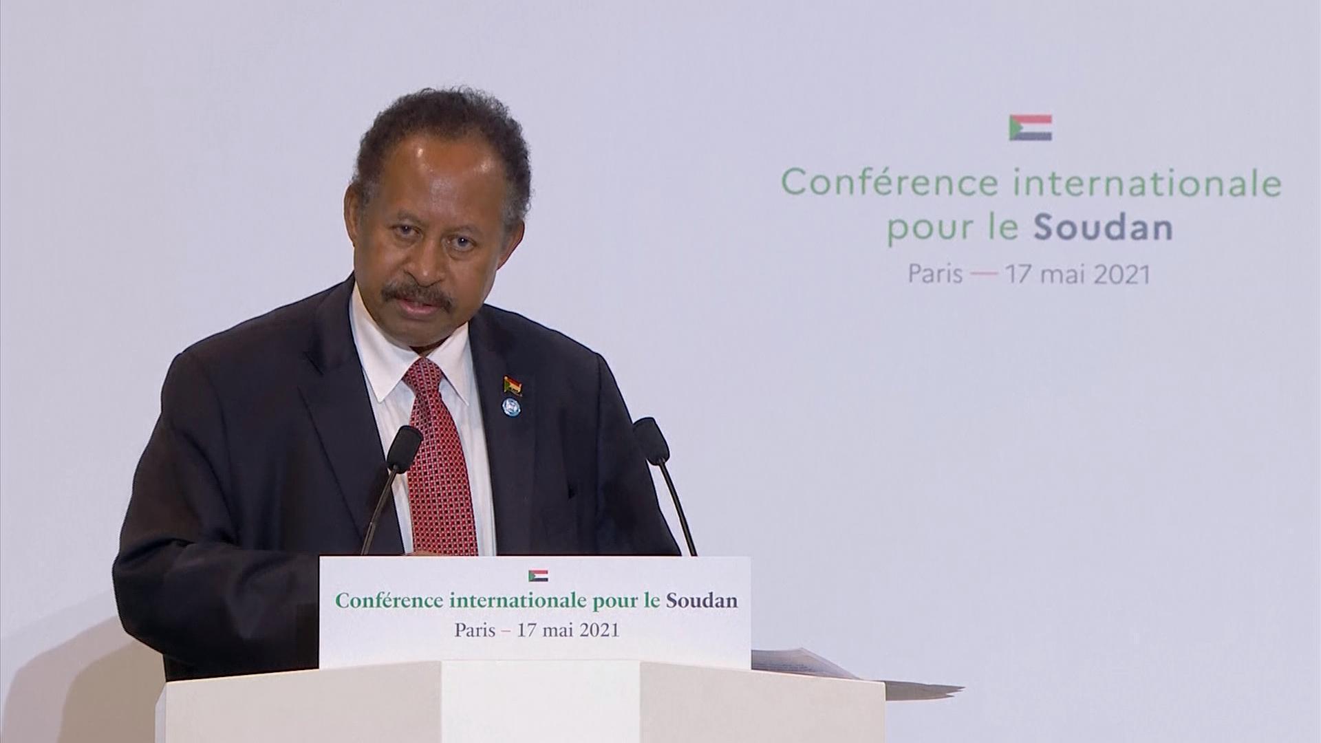 Emmanuel Macron se dit favorable à l'annulation de la dette du Soudan envers la France