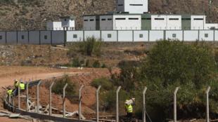 Le Maroc construit une nouvelle barrière sur sa frontière avec l'Algérie, fermée depuis vingt ans,