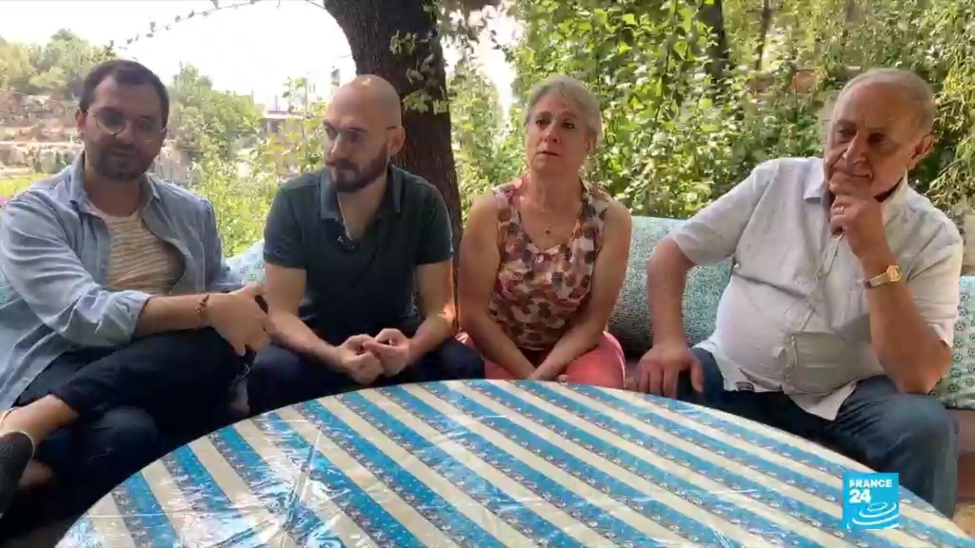 Les fils de cette famille de la classe moyenne libanaise ont décidé de quitter le pays et gagner la France, après des mois de contestation.
