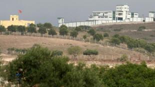 الحدود المغربية الجزائرية (هنا قرب مدينة وجدة) مغلقة منذ عام 1994.