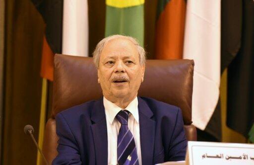 الدبلوماسي الجزائري أحمد بن حلي نائب الأمين العام لجامعة الدول العربية خلال اجتماع للجامعة في 8 أيلول/سبتمبر 2016
