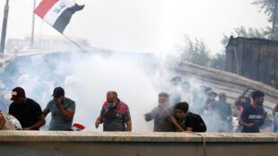 متظاهرون في العاصمة العراقية بغداد. 25 أكتوبر/تشرين الأول