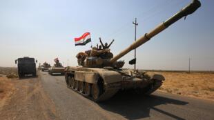 Un tank des troupes peshmerga positionné dans le sud de Kirkouk, le 15 octobre 2017.
