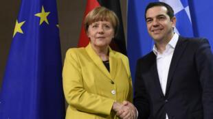 La chancelière allemande Angela Merkel et le Premier ministre grec Alexis Tsipras lors d'une rencontre à Berlin, le 23 mars 2015.