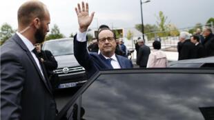 Le président François Hollande en déplacement à Alençon (Orne), le 4 mai 2017.