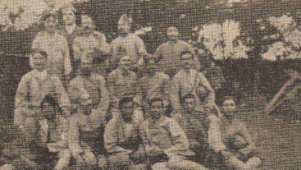 Des volontaires du Bengale et des soldats français sur le champ de bataille