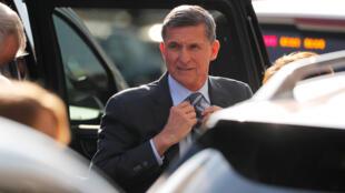 El asesor de Seguridad Nacional de la Casa Blanca Michael Flynn es fotografiado en la Casa Blanca en Washington el 13 de febrero de 2017.
