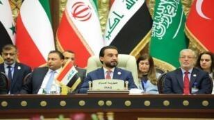رئيس البرلمان العراقي أثناء القمة التي عقدت 20 أبريل/نيسان في بغداد.