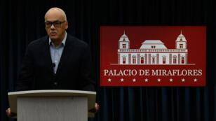 Le ministre vénézuélien de la Communication, Jorge Rodriguez, a annoncé la libération de Joshua Holt lors d'une conférence de presse samedi 26 mai.