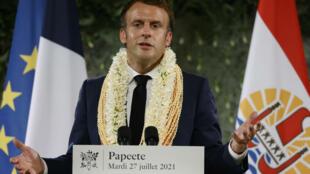 Emmanuel Macron lors de son discours avant son départ en  Polynésie française, le 27 juillet