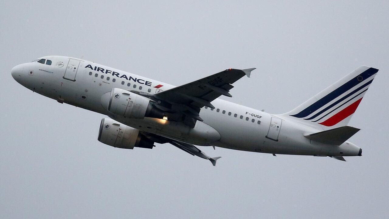 Un avión Airbus A318 de Air France cerca de Toulouse, Francia, el 15 de noviembre de 2019.