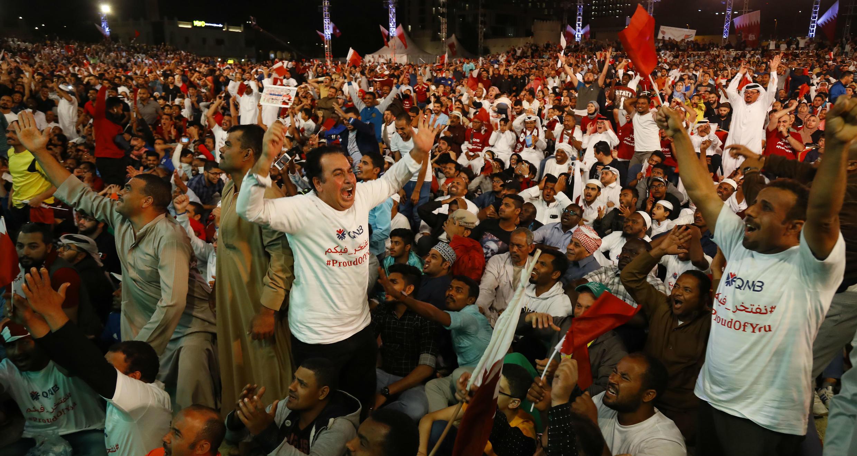 Una multitud de aficionados celebra el título de la Copa Asia en Doha, la capital de Catar. 1 de febrero de 2019.