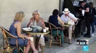 2021-04-30 13:04 Franceses reciben con alegría el plan de desconfinamiento gradual