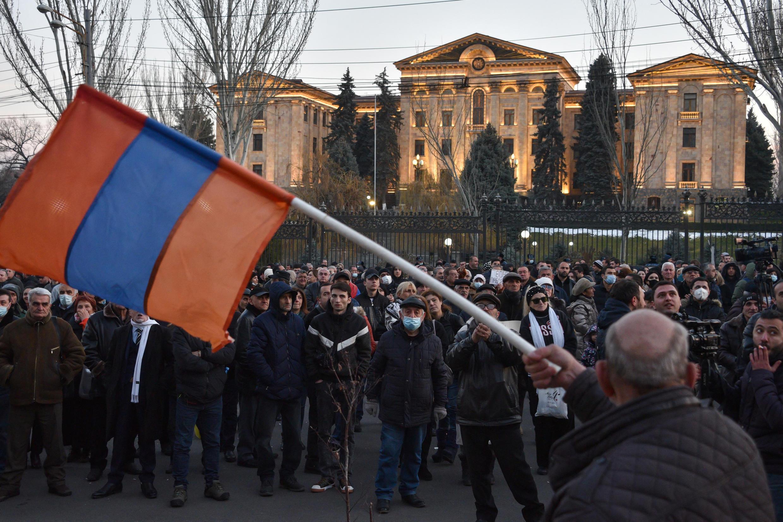 manifestation-erevan-pachinian-armenie