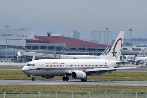 طائرة تابعة للخطوط الملكية المغربية من نوع بوينغ في مطار تولوز الفرنسي