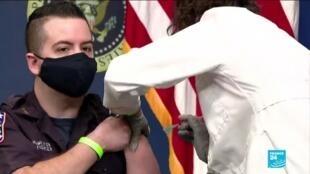 2021-02-26 06:10 Pandémie de Covid-19 aux États-Unis : 50 millions de doses de vaccins déjà injectées