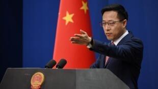 """Le porte-parole du ministère chinois des Affaires étrangères a évoqué un """"malentendu"""" à propos de la crise diplomatique avec la France."""