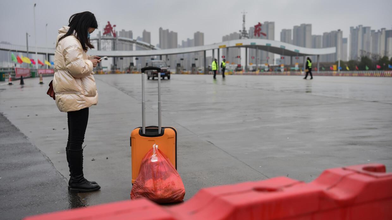 Coronavirus : le Quai d'Orsay envisage une évacuation des Français de Wuhan