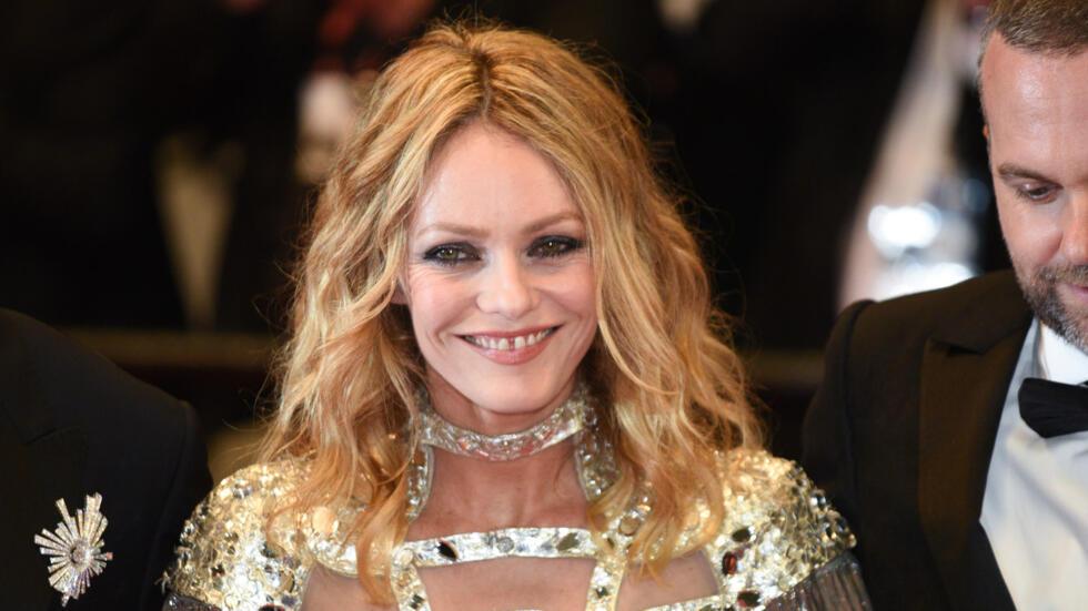 La actriz francesa Vanessa Paradis está en Cannes para su última película, 'A knife in the heart', en la que interpreta a una productora de porno gay en los años 70.