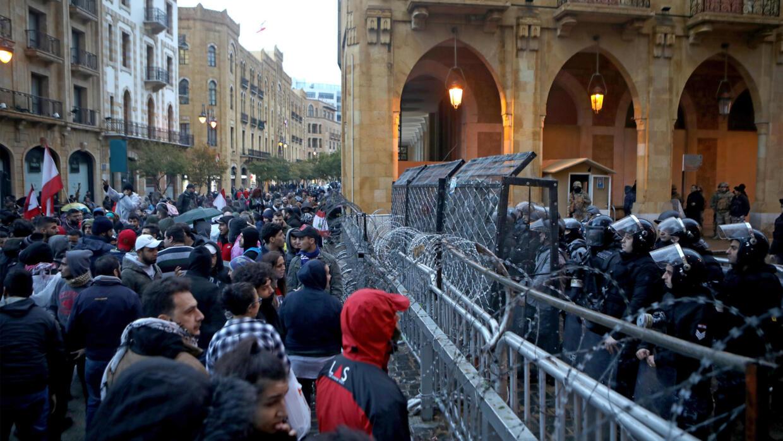 Liban : nouvelles manifestations à Beyrouth, des heurts avec la police