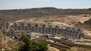 موقع بناء في مستوطنة جفعات زئيف الاسرائيلية في الضفة الغربية شمال القدس في 31 يوليو/تموز 2019