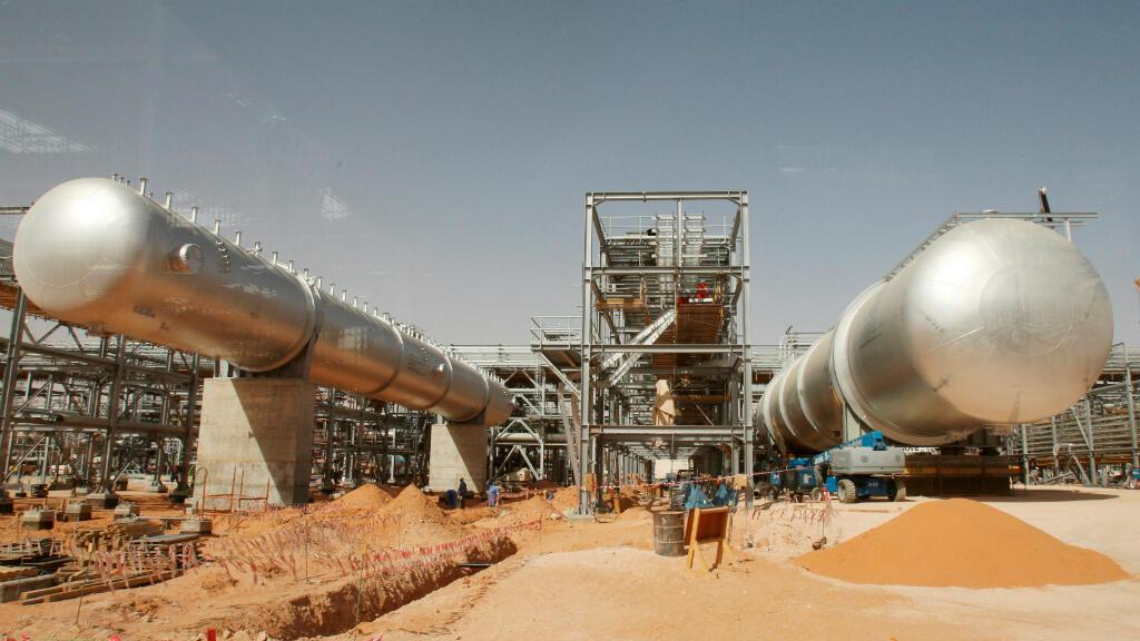 La mina extractora de crudo de Khurais, en Arabia Saudita, en una imagen tomada durante su construcción en junio de 2003