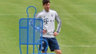 """Bayern Munich striker Robert Lewandowski says he feels """"better than ever"""" following groin surgery in December."""