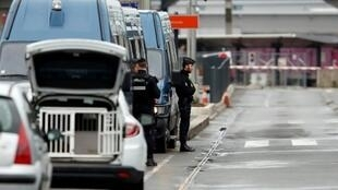 عملية أمنية أمام مطار أورلي بباريس