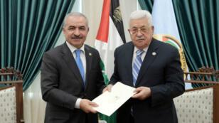 Le nouveau Premier ministre palestinien, Mohammad Chtayyeh, a été chargé par le président Mahmoud Abbas de former un nouveau gouvernement.