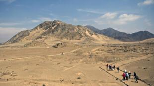 Durante el estado de emergencia por la covid-19 que rige en Perú, la zona arqueológica Caral ha elaborado protocolos para proteger los 12 sitios que investiga