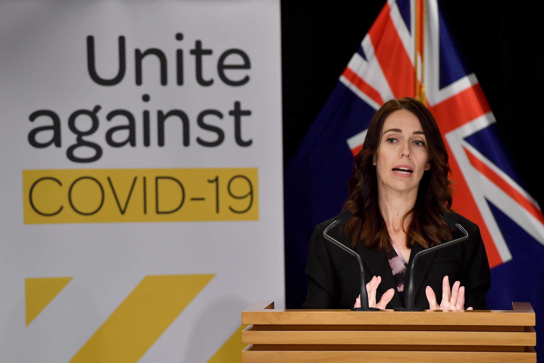 La primera ministra de Nueva Zelanda, Jacinda Ardern, habla sobre la pandemia el 24 de marzo de 2020.