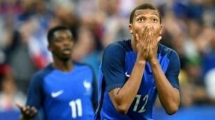 اللاعب الفرنسي كيليان مبابي الذي لعب دورا محوريا مع منتخب فرنسا في مونديال روسيا 2018